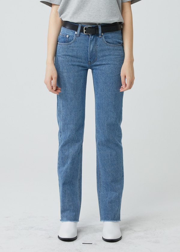 STRAIGHT CUT WASHED JEANS BLUE