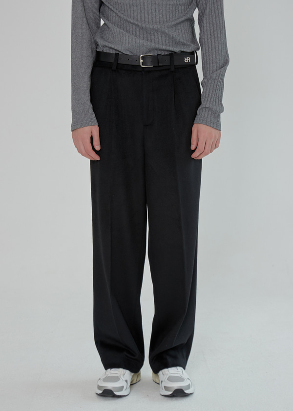 ONE TUCK WOOL WIDE PANTS BLACK